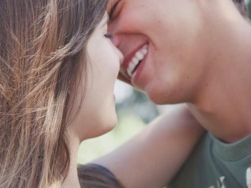 Seu Sorriso Me Encanta...